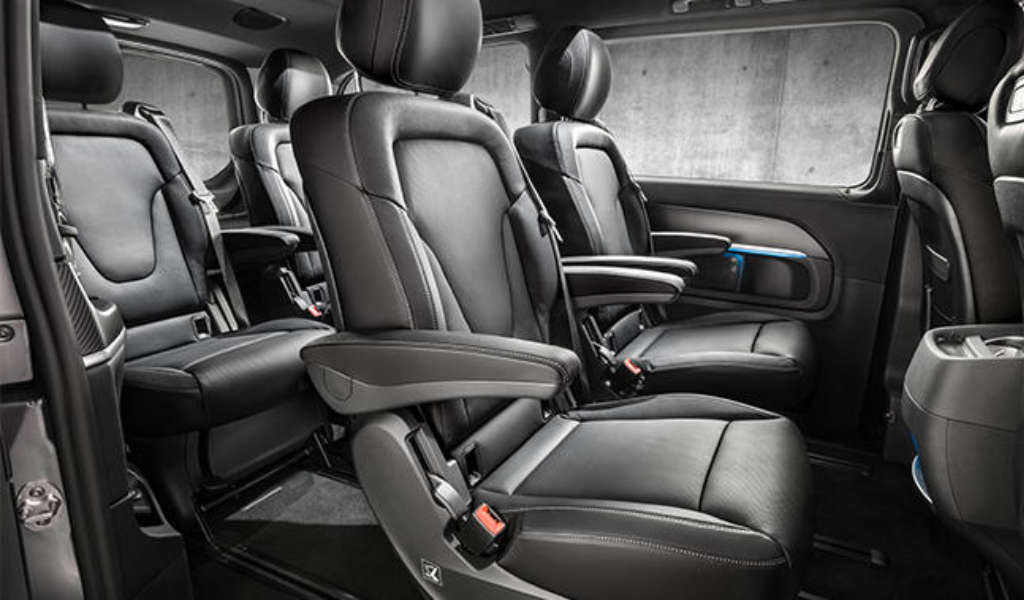 Interior_mercedes_van